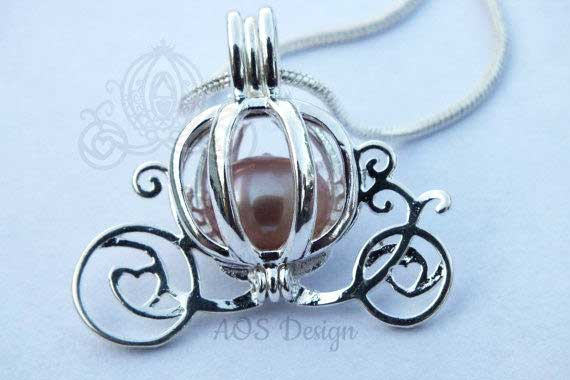 Cinderella Carriage Pearl Cage